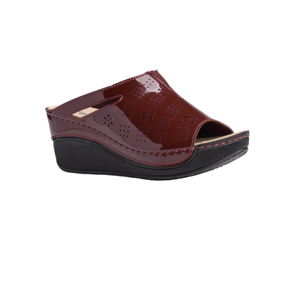 Chestnut-shiny-bordeaux-high-wedge-comfort-mule-1