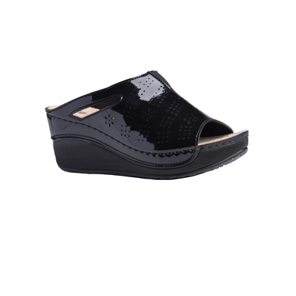 Chestnut-shiny-black-high-wedge-comfort-mule-1